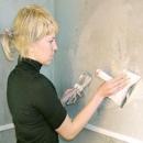 Чем заделать трещины в стене